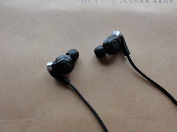 Sony boomy headphone MDR-XB90EX (3)