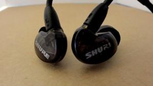 Shure SE215 review noise isolation earphones