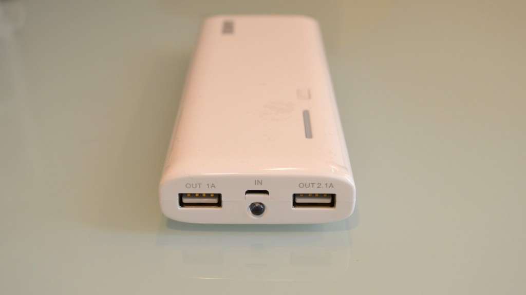 Dual USB ports of Anker Astro M3 mobile battery
