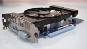 Gigabite Radeon hd7770 GV-R777OC-1GD view (4)