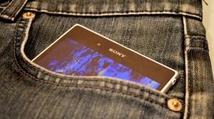 Xperia Z ultra SOL24 in Jeans