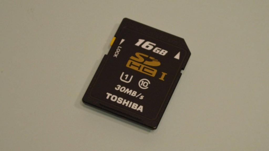 Toshiba SDHC card SD-K016GR7AR30 (5)
