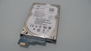 hp_15-ba000_laptop_azpek-28