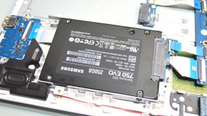 hp_15-ba000_laptop_azpek-38